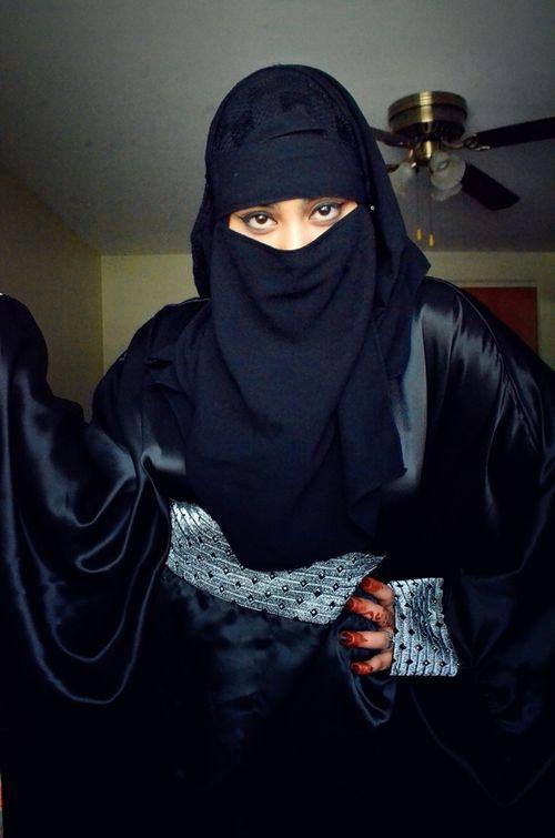 كويتية ارملة 35 سنة ثرية تقيم فى امريكا تبحث عن زوج مسلم مع رقم الهاتف